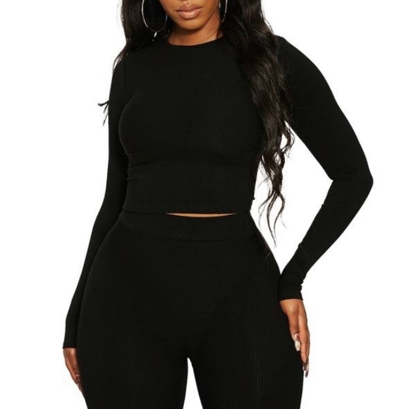 Naked Wardrobe Snatched in Crop Top Size S